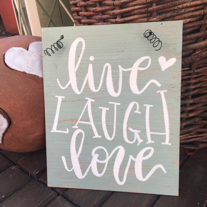 live laugh love - eine Anleitung für ein DIY Lettering Schild aus Vinylbodenplatten für die Letter Lovers von sonja.theresia