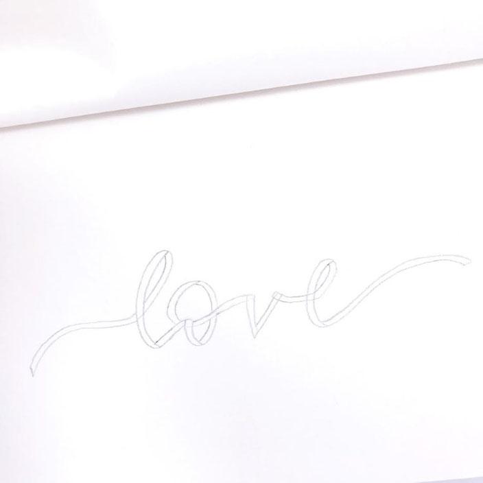 Anleitung für ein Ribbon Lettering - Schritt 3: überall zweite Linien ergänzen