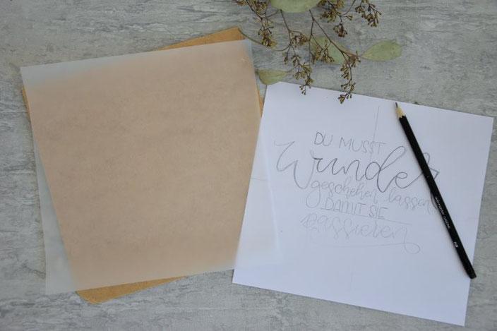 DIY Anleitung für eine selbstgemachte Lightbox - Spruch vorschreiben auf einem normalen Papier