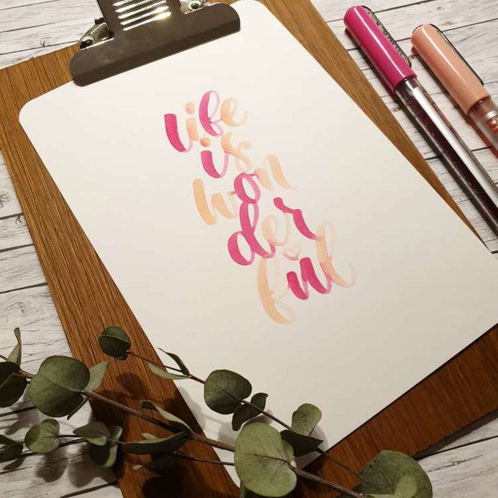 Handlettering: life is wonderful (Lettering von letterling für die Letter Lovers)