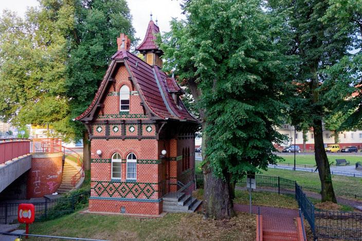 Schleusenwärterhaus an der Stadtschleuse Rathenow