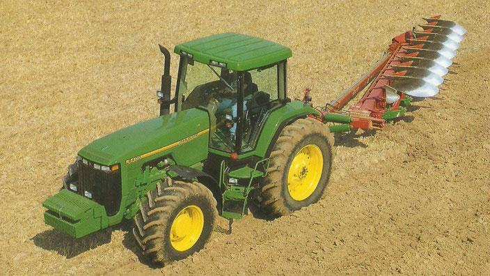 John Deere 8400 Großtraktor