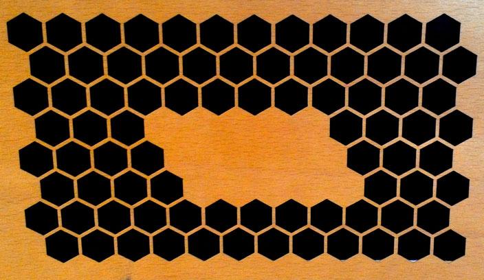 Holzverbundmaterial Microwood, geschnitten per Laser, beidseitig sauber