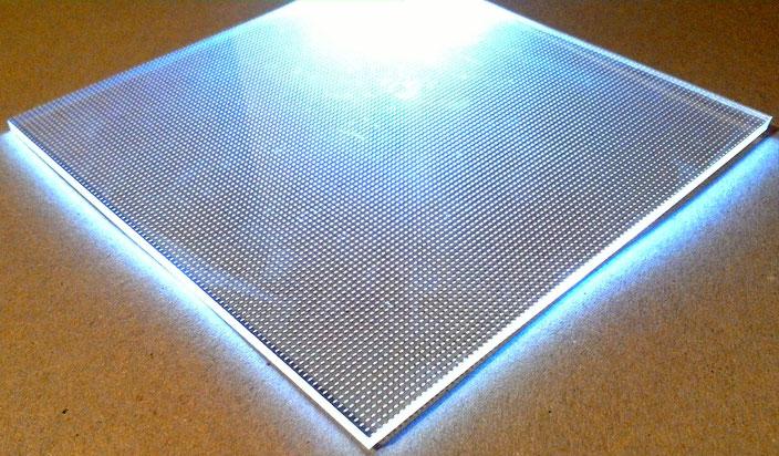 Light Panel, lasergraviertes Acryl als Lichteffekt 1
