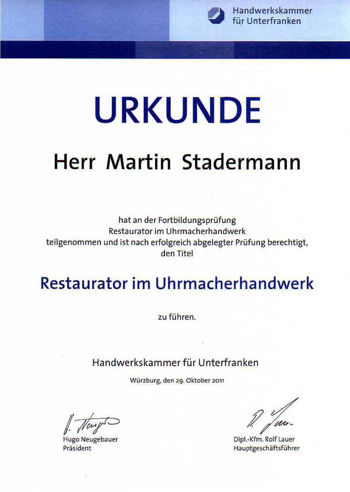 """Foto: Urkunde """"Restaurator im Uhrmacherhandwerk""""."""