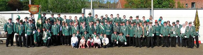Nicht nur der gemeinsame Name unserer Städte verbindet uns, sondern auch eine innige Freundschaft zu unseren Schützenbrüdern und Schützenschwestern aus Voerde am Niederrhein.