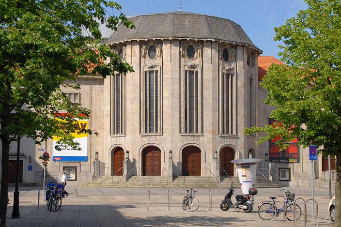 Stadttheater Bremerhaven, Tickets einfach online buchen! Bild: Marlies Menger