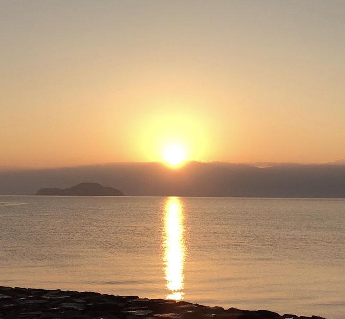 織田が浜からの初日の出
