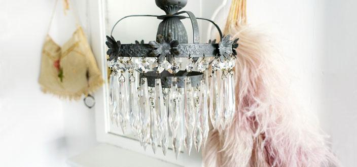 Antike Lampen, Vintage Industrieleuchten und Home Dekor bei Maisondora Vintage Living