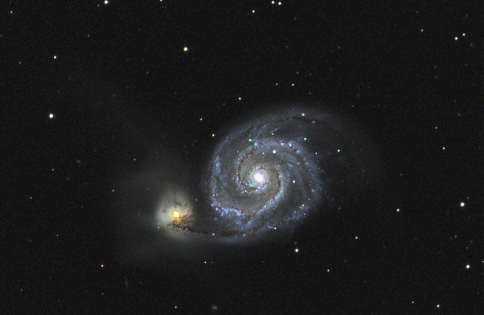 M51 Whirlpool Galaxie in den Jagdhunden am 30.03.2017 - 9x600s LUM ungebinnt, je 300s RGB 2x2 binning - mit Darks und Flats.