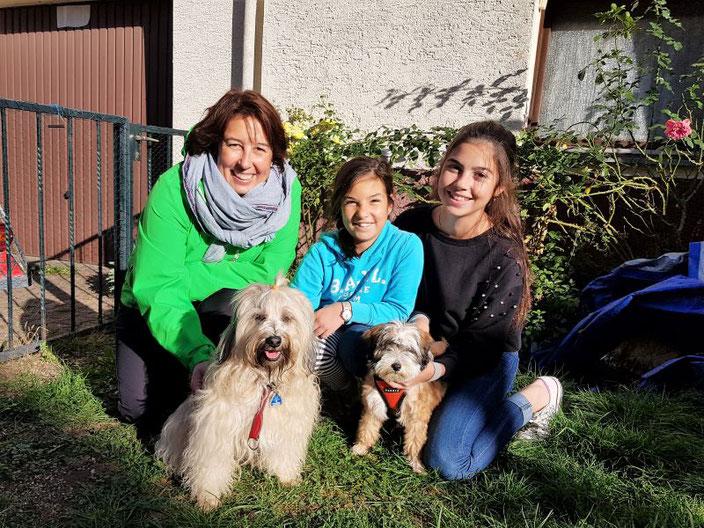 Ida mit Mama Fiona und ihren neuen Besitzern Familie Türk - 02.11.2018