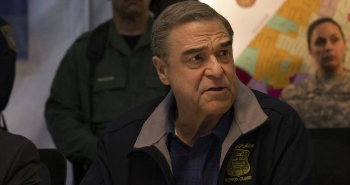John Goodman as Commissioner Ed Davies