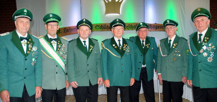 Gründungsmitglieder ausgezeichnet für 65-jährige Vereinszugehörigkeit.
