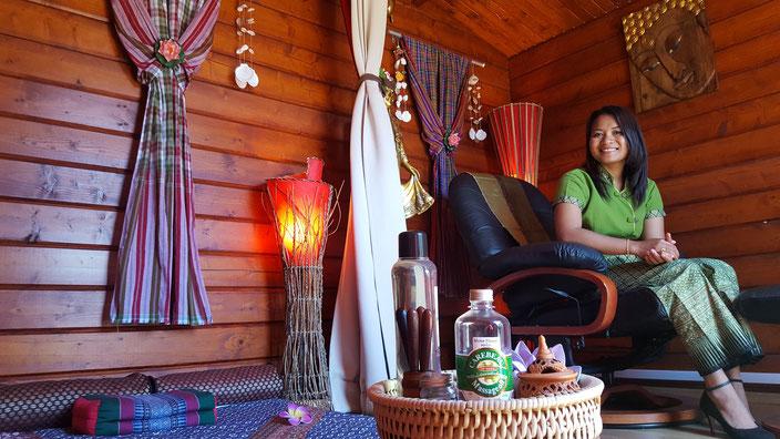 massage réflexologie faciale crânienne et mains thaï landes mont de marsan massages bien-être et cuisine thaï à mont de marsan carte cadeau noel fête des mères anniversaire mariage saint valentin YIM SIAM