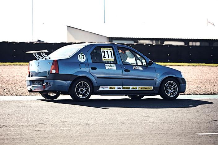 ADAC Dacia Logan Cup Dennis Bröker Pfister Racing #211 Motorsportarena Oschersleben