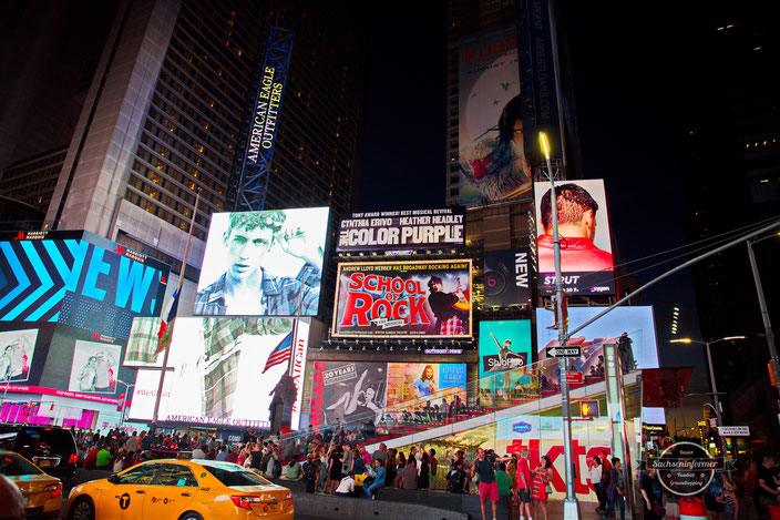 Times Square - Midtown Manhattan - New York City
