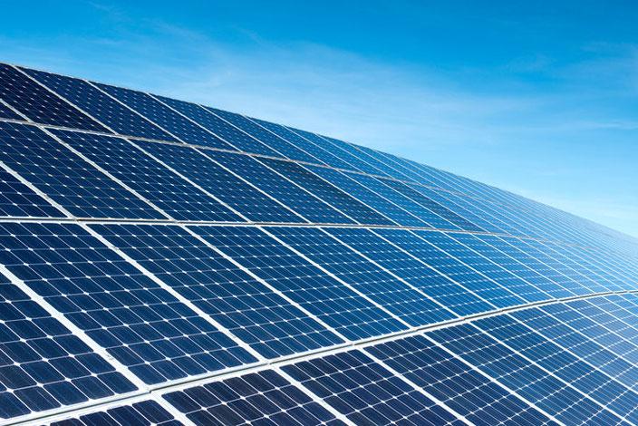 Solarkraftwerk ourpower Solardach Sonnenenergie