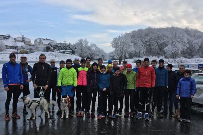Die 15km-Gruppe am Startpunkt
