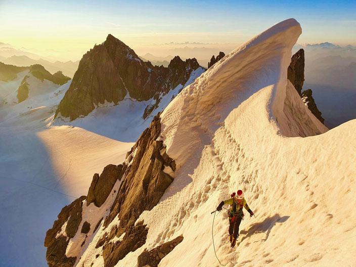 Hochtouren, Mont Blanc, Courmayeur, Chamonix, Mont Blanc, Mont Maudit Kuffner, Kuffnergrat, Küffnergrat, Bivouac de la Fourche, Arete de la Brenva