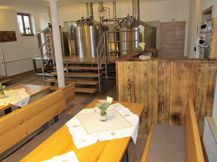 Hier kann die frische Biervielfalt aus erster Hand genossen werden!