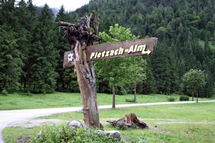 Wegweiser Pletzach-Alm