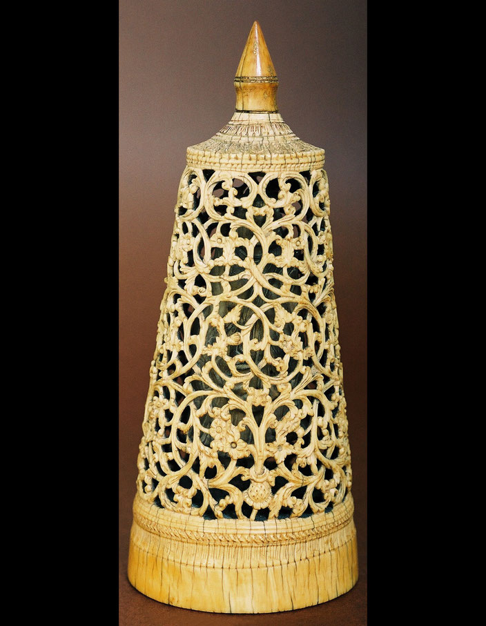 Stupa (cheddi), Burma • Ivory • H. 19 cm • Private collection