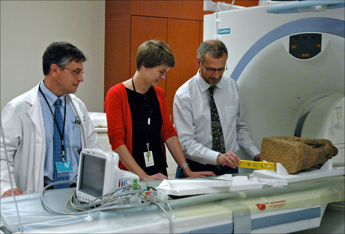 In Houston, with Kristina Van Dyke and Prof. Luc Bidaut • October 2007