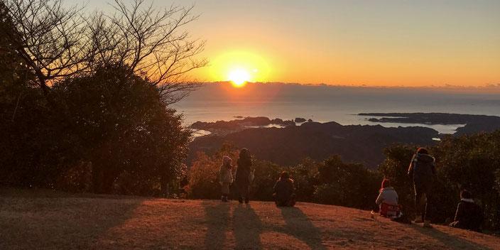 妙法山月見ヶ原からの初日の出