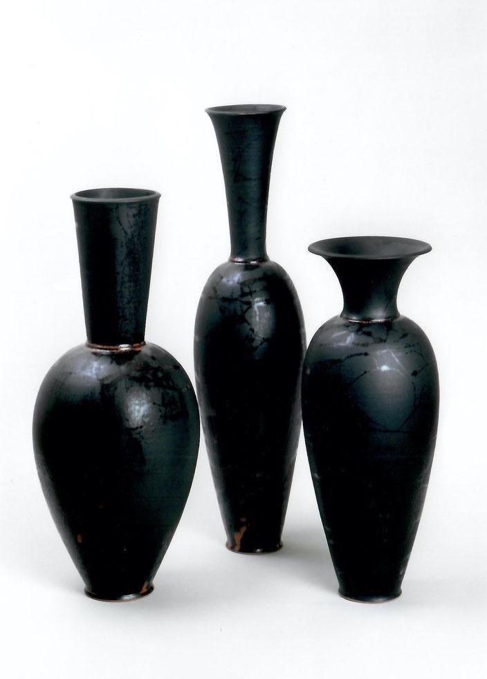 "2003 Vases ""Ofo"" ""Neoule"" ""Clio"" 49cm/ 51cm/ 42cm , turned, black glaze / Photo: Bernd Kuhnert"