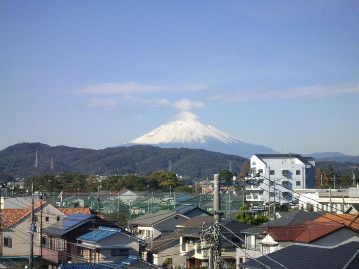 自宅から富士山を見る
