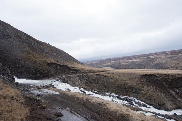 Unpassierbarer Wanderweg unterhalb des Studlafoss.