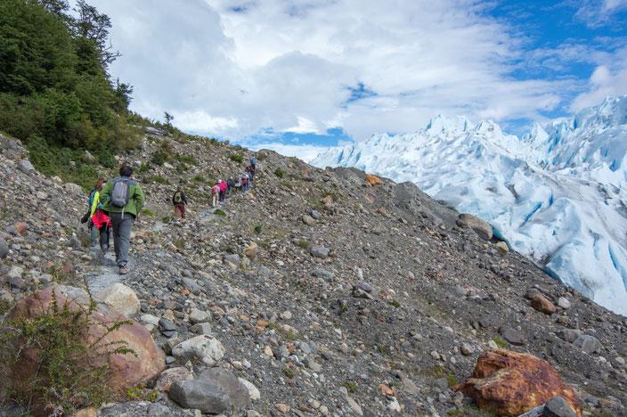 15 Minuten Wanderweg bevor man den Zugang zum Eis erreicht.