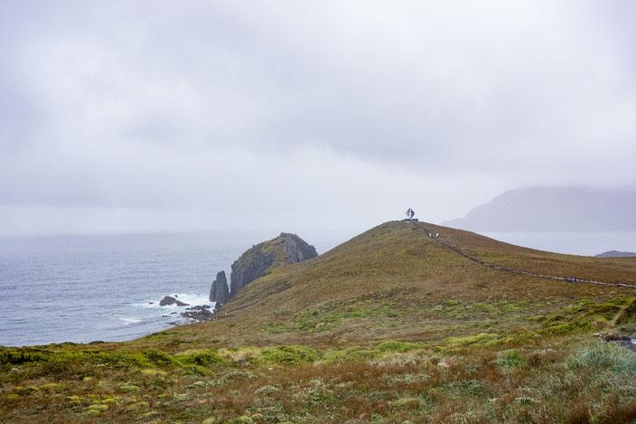Denkmal in Form eines Albatros, zum Gedenken an die umgekommenen Seefahrer am Kap Hoorn.