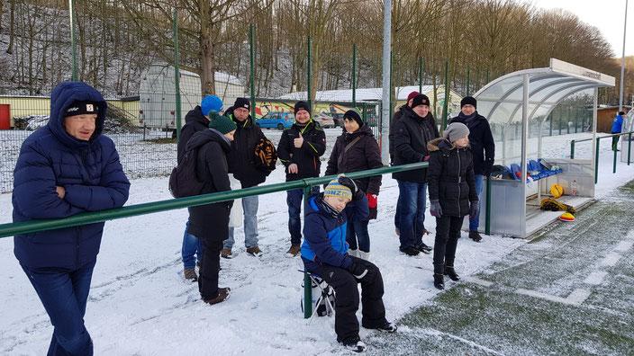 Der Gästeblock der Marienberger Supporters war erfreulicherweise gut gefüllt👍 - Dankeschön auch nochmal an die C-Unterstützung während der  1. Saisonhälfte @Manuel, Moritz, Tobias