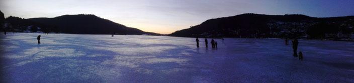 Glissades sur le lac de Gérardmer, le dimanche 22 janvier 2017