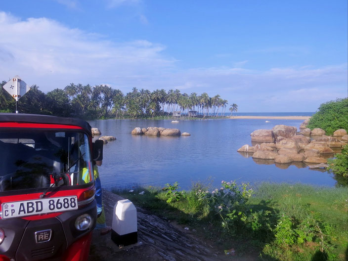 Arumgam Bucht Sri Lanka grenzenlosunterwegs