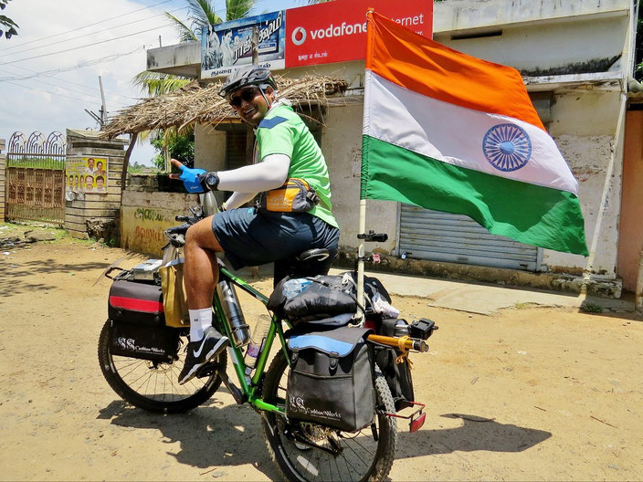 Indien Radler grenzenlosunterwegs