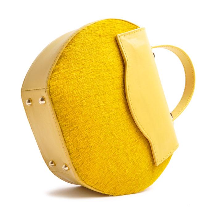 Henkeltasche Ivy in gelbem Leder, elegante Trachtentasche zum Dirndl, exklusive Dirndltasche  Handgearbeitet. OSTWALD Traditional Craft