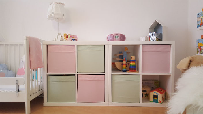 ikea regal kallax kinderzimmer. Black Bedroom Furniture Sets. Home Design Ideas