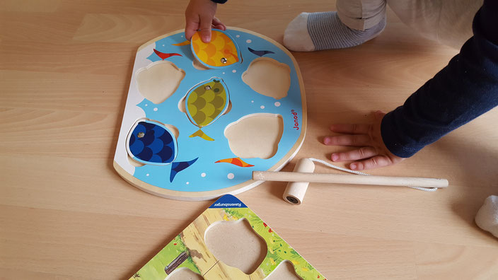 Janod Holzpuzzle Fisch mit Angelrute