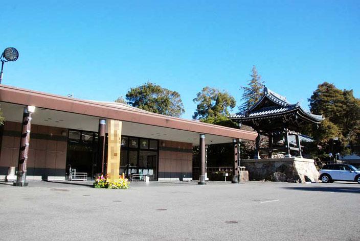 妙蓮寺斎場第一入口