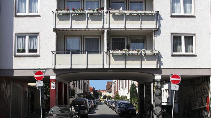 An- und Einblicke in ganz unterschiedliche »Wohnwelten« an der Findorffstraße © Mathias Rätsch