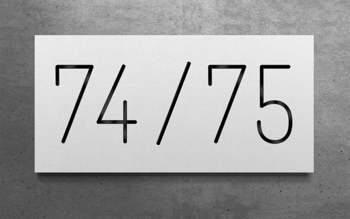 "beleuchtete Doppelhaus-Hausnummer ""74 / 75"" in anthrazit reinweiss Aluminium"