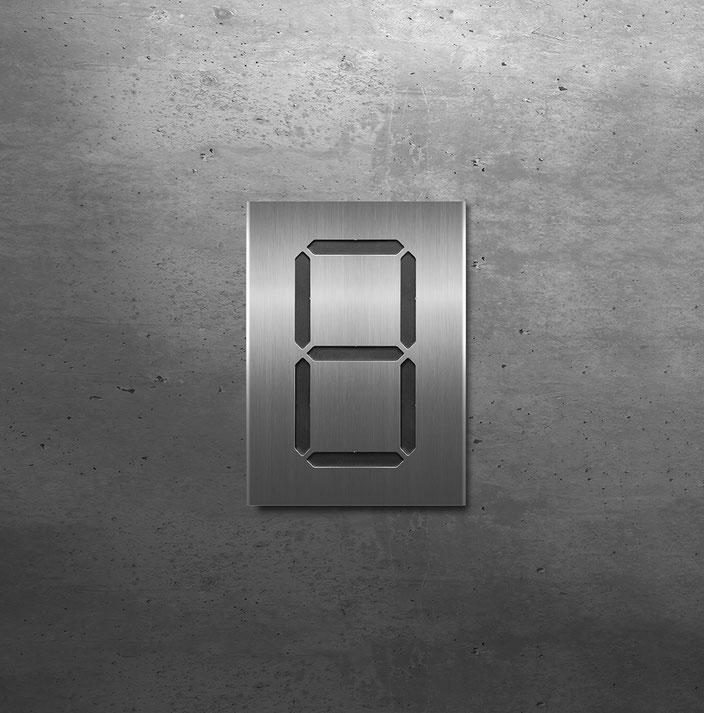 """Segment-Hausnummer """"8"""" schwarz hinterlegt"""