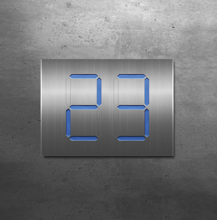 "Segment-Hausnummer ""23"" blau hinterlegt"