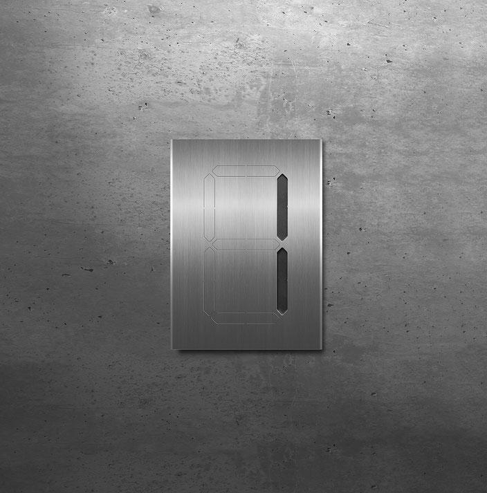 """Segment-Hausnummer """"1"""" schwarz hinterlegt"""