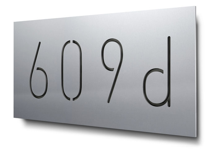 4-stellige Hausnummer als Konturschnitt in 3 mm Aluminium