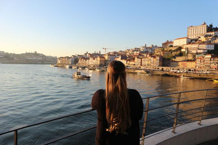 Kurz vor dem Sonnenuntergang - Blick auf Porto