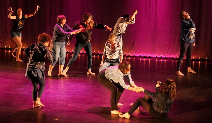 rebecca chanteuse danseuse artiste multidimensionnelle