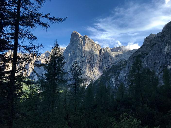 Dolomite Greeting